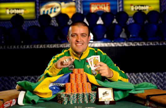 El poker se transforma en una materia de facultad en Brasil