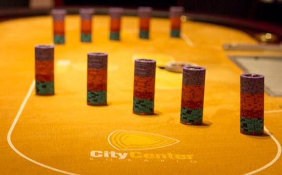 Adrián Bueti encabezó el día 1A del Long Play Poker 3