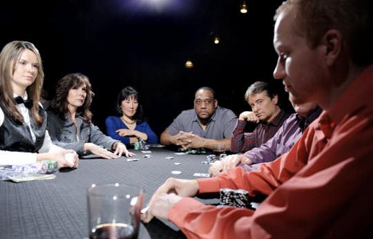Los tells también existen en el poker online | Hablando de Poker