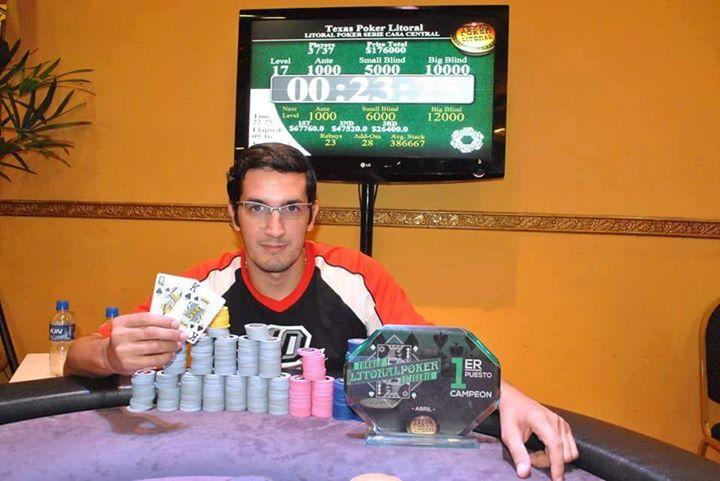 Un nuevo campeón Full 10 Poker. Manu Quinteros Ganador del Torneo Litoral Series en Casino de Corrientes.
